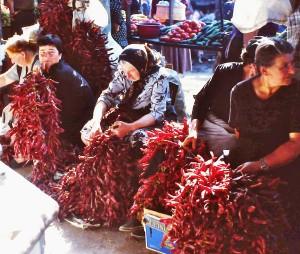 Caucasan_Marktverkauf_Chili